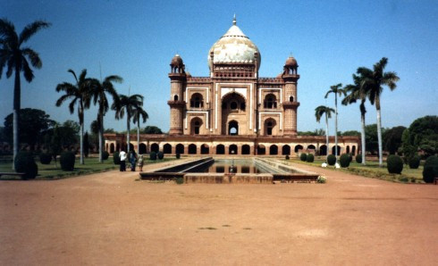 India098