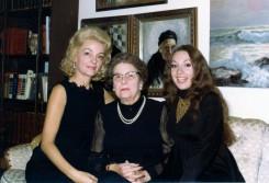 68 NY, MC, Helene & Elis811