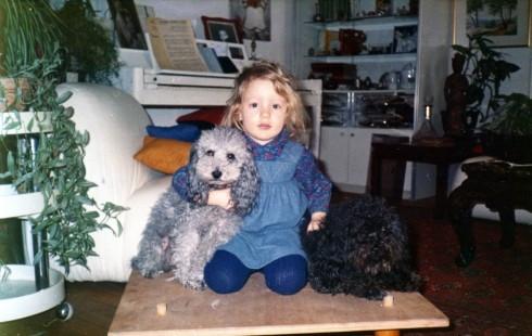 77 Paris Sam with dogs281