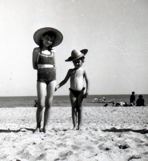 50 Palavas, MC with friend on beach