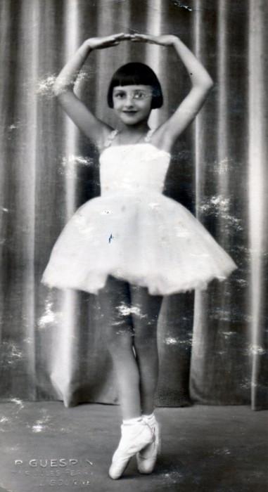 1930s_Hermine_child_ballet