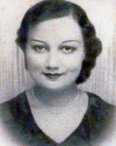 Grand-mère kicks ass: tales of World War II
