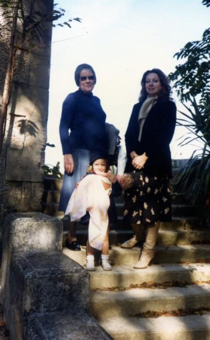 78 Nov Chateau Egurande, Elise, MC, Sam
