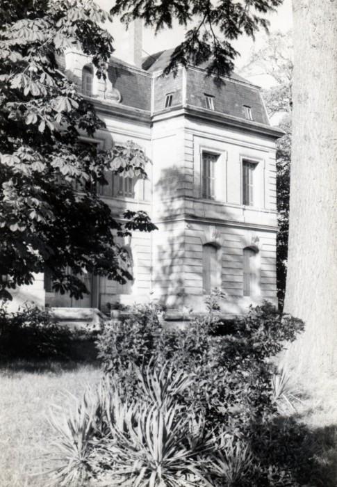 60s Helene chateau 5