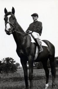 20s Hector on horseback