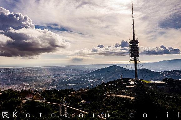 מעל המגדל סביב אשקיפה