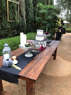 Sharon & Rocky's cake table