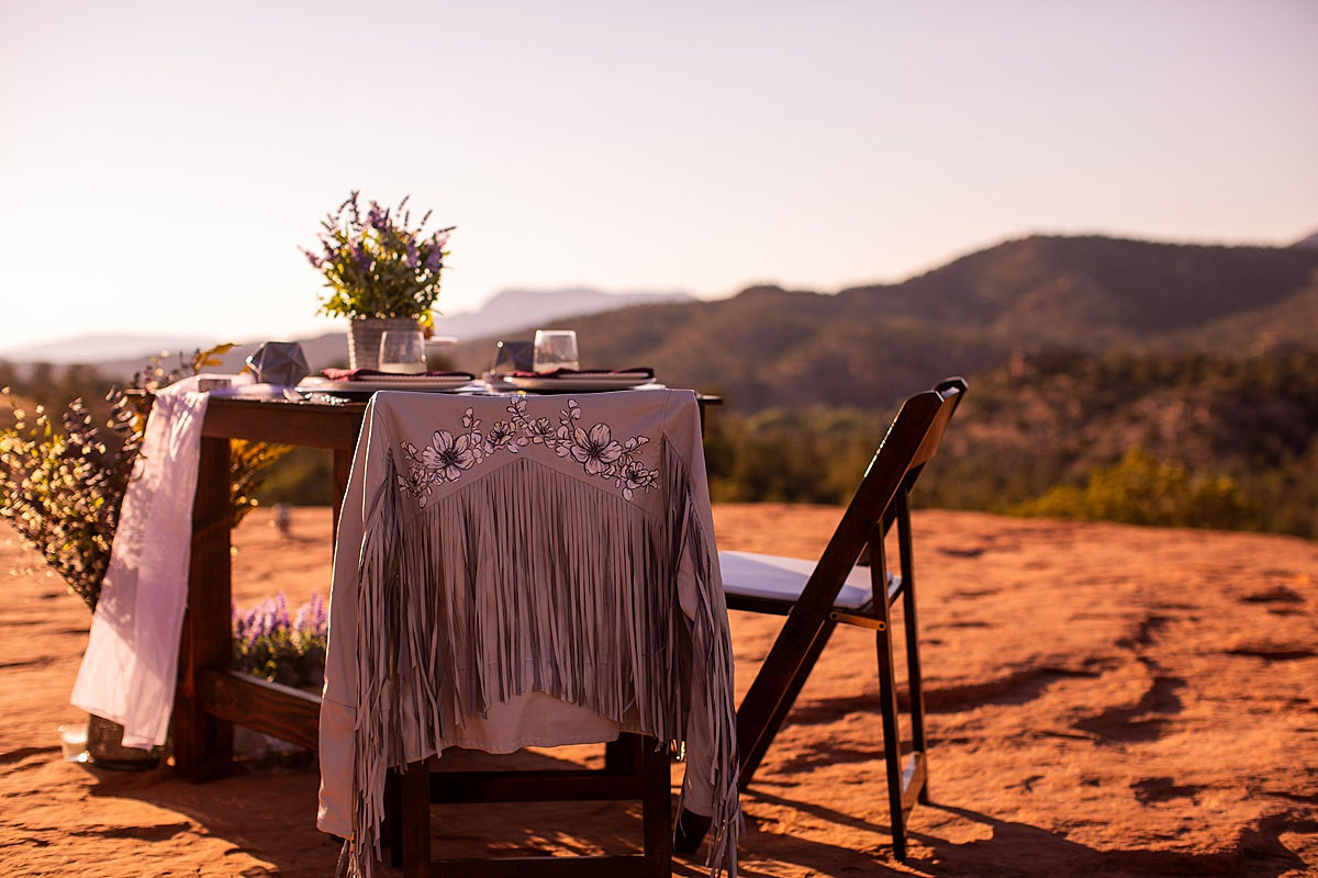Katee & Andrew's Sedona, Arizona Elopement Vow Renewal - sweetheart table at Cathedral Rock