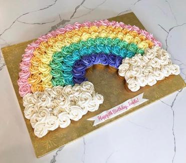 _Pull-Apart_ Rainbow cupcakes cake