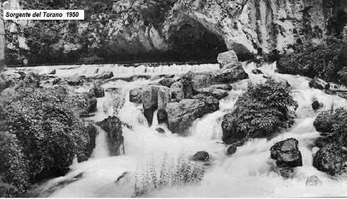 SORGENTE-DEL-TORANO-1950.jpg