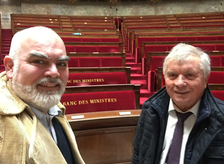 577 deputies! Visit of the National Assembly with my friend the deputy Guy Bricout