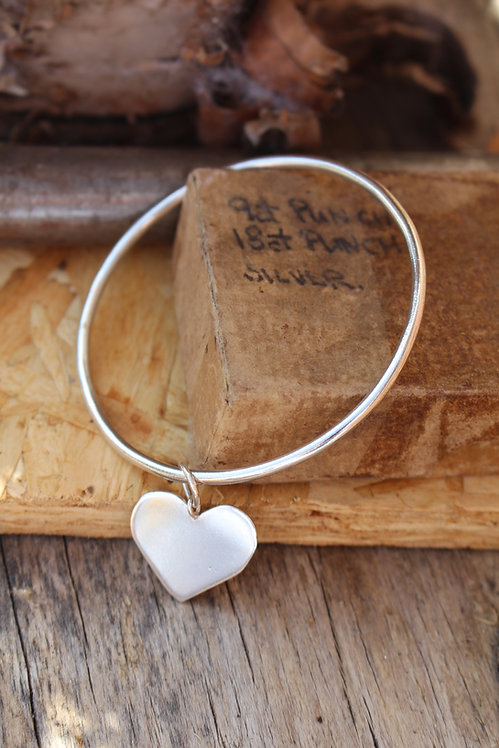 Silver Flat Heart Charm Bangle