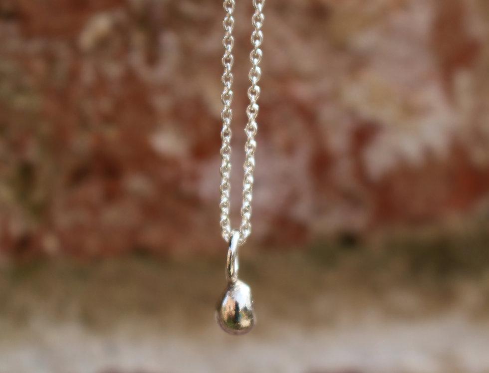 Tiny Bobble Necklace