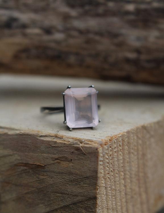 Black Rhodium Rose Quartz Ring