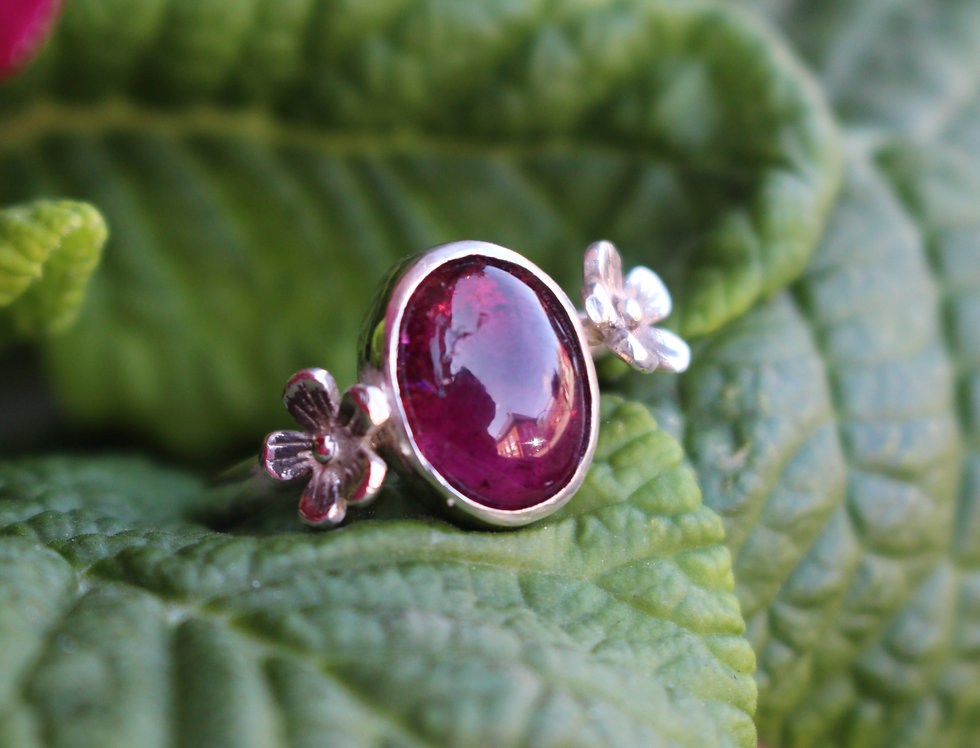 Silver Oval pink Tourmaline Flower Ring