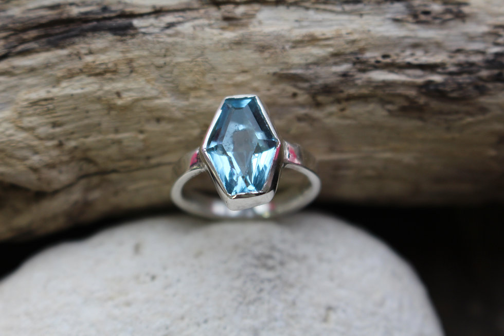 Blue Topaz Prisim Ring