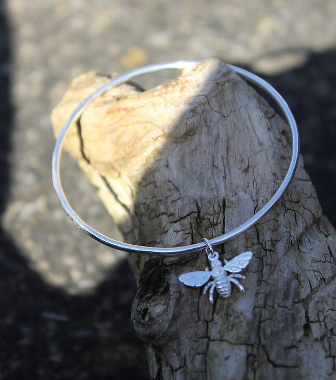 Solid Silver Bee Bangle