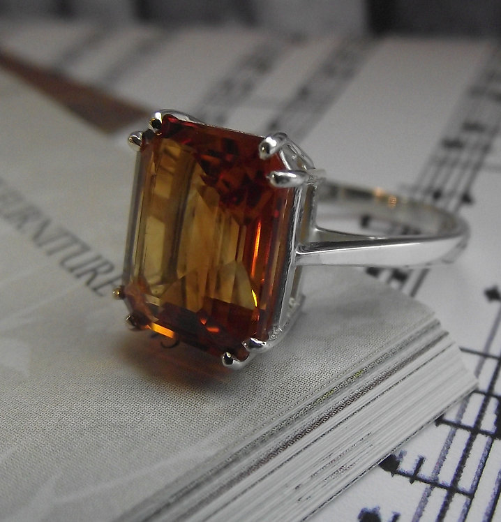 Solid Silver Golden Citrine Vintage Ring