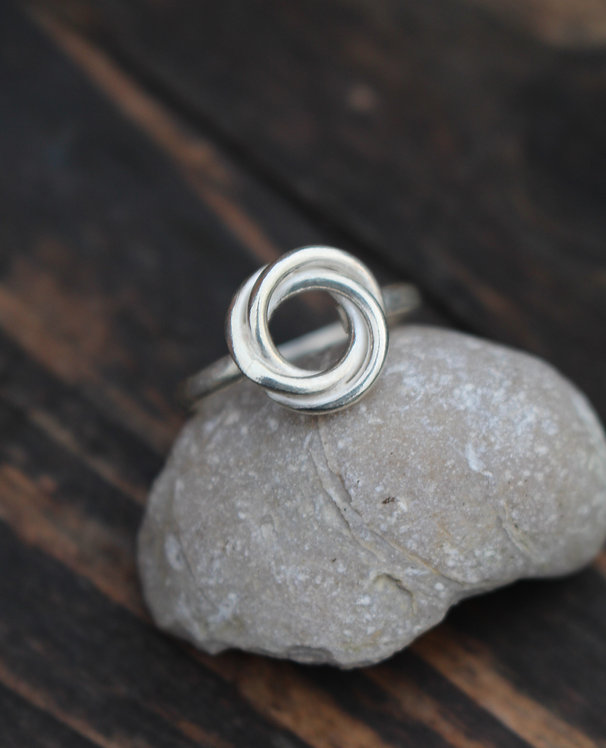Silver Celtic Love Knot Ring