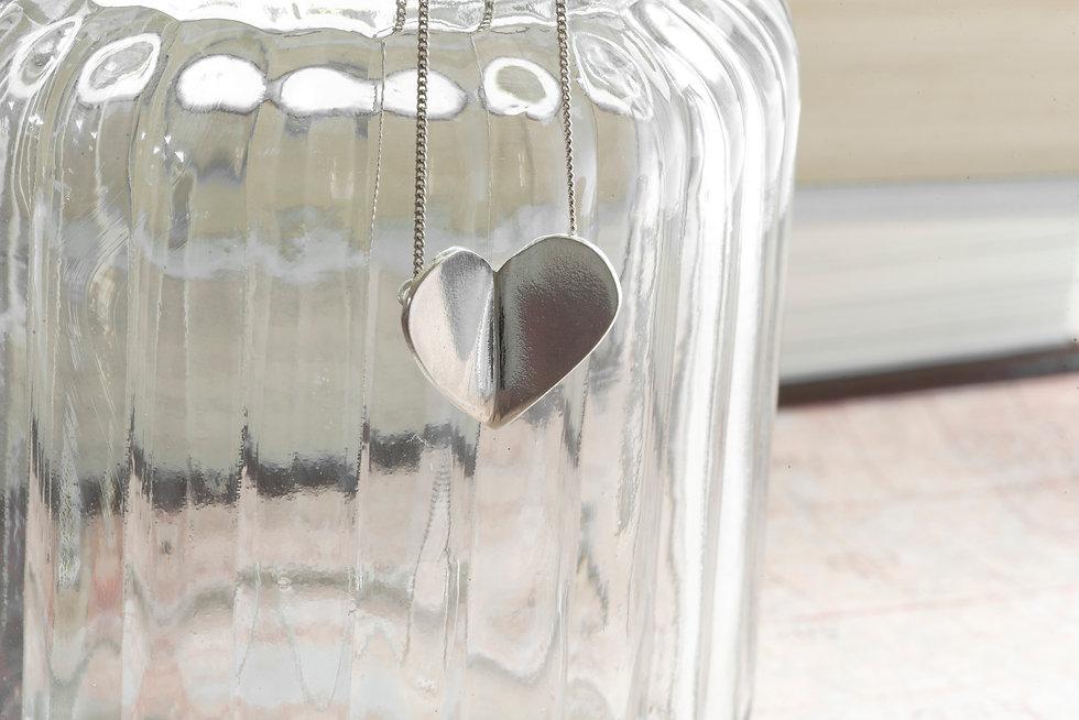 Silver folding Heart Pendant