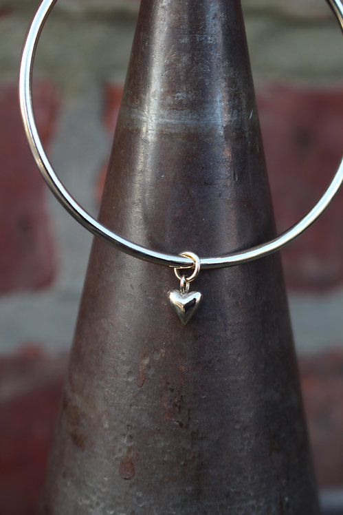 Silver Tiny Heart Charm Bangle