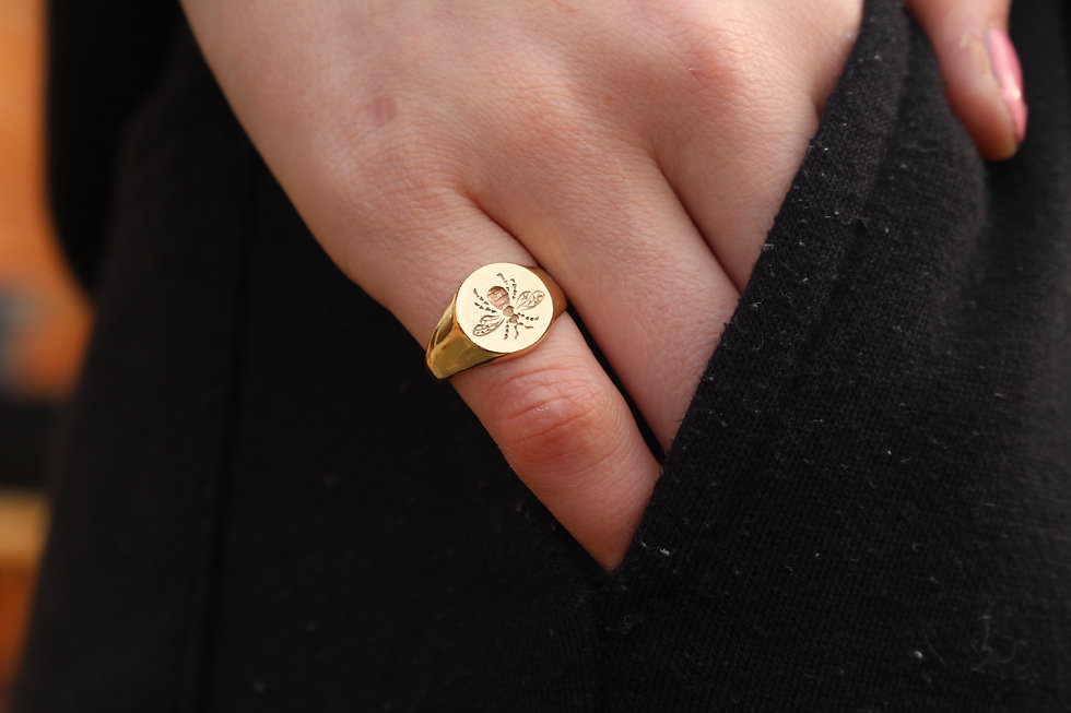 Gold Bee Engraved Signet Ring