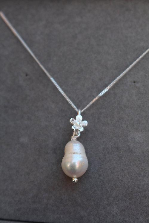 Silver Blossom Pearl Pendant