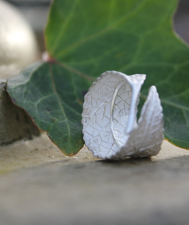 Silver Frosted Leaf  Ring