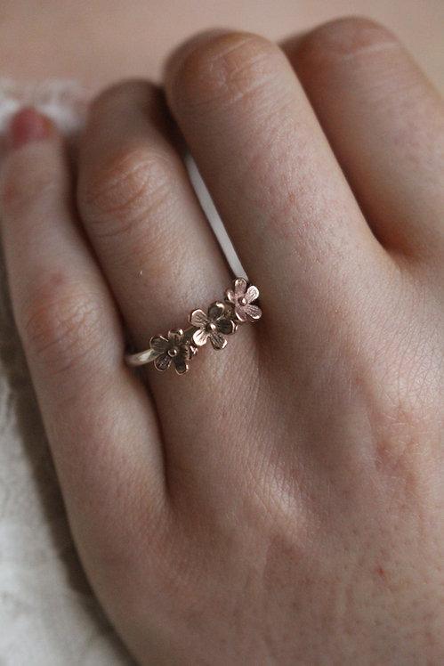 Hazel's Flower Ring