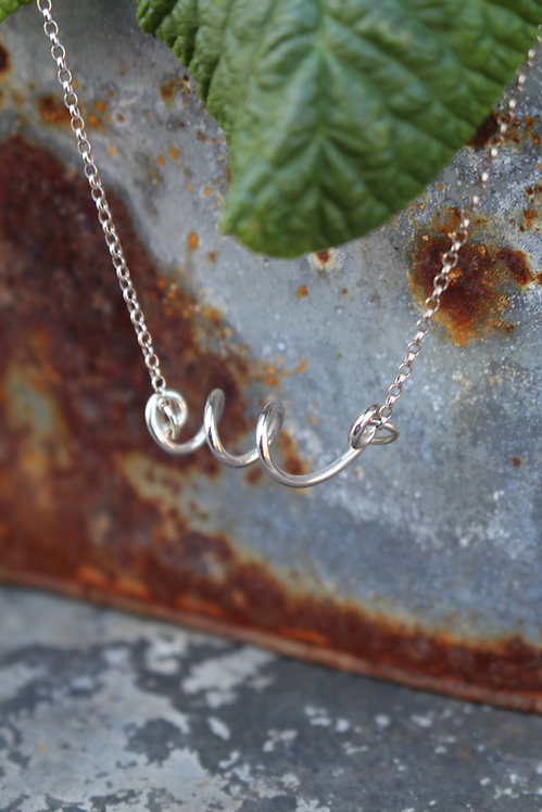 Silver Curl Wire Necklace