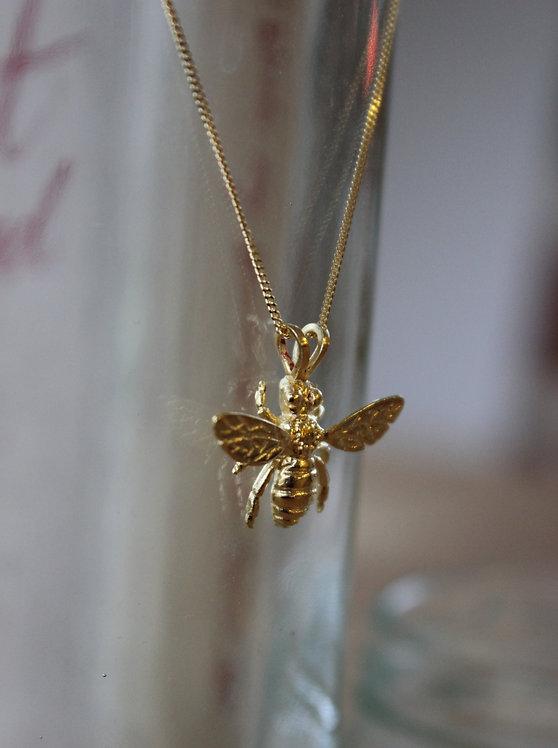 Gold Vermiel Bee Pendant