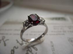 B Jewellery Diamond & Garnet 3 stone (2)