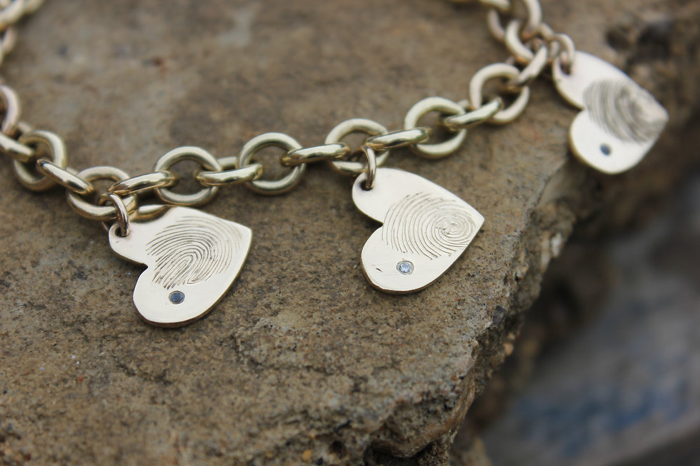 9ct Yellow Gold Real Fingerprint Heart Bracelet