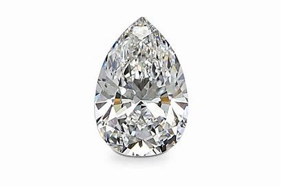 Bespoke Engagement in a Box: Pear Diamond