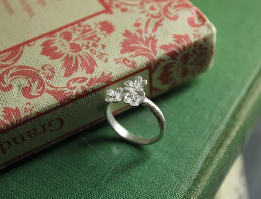 Silver Calla Lily Ring