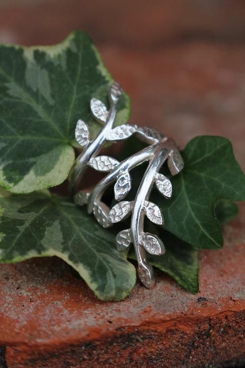 Secret Garden Leaf Ring