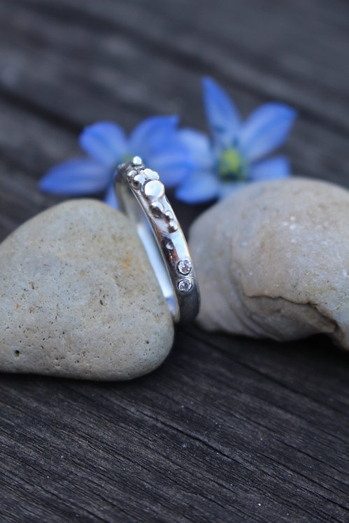 Silver Scattered Rocky Road Ring