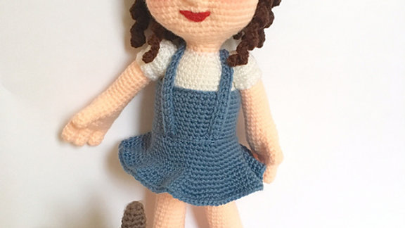 Wonderful World of Oz: Dorothy & Toto Crochet Pattern