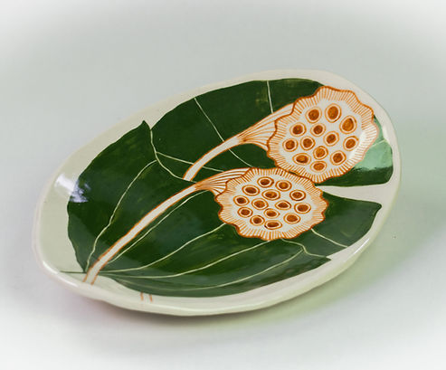 Water_Lilly_Plate.jpg