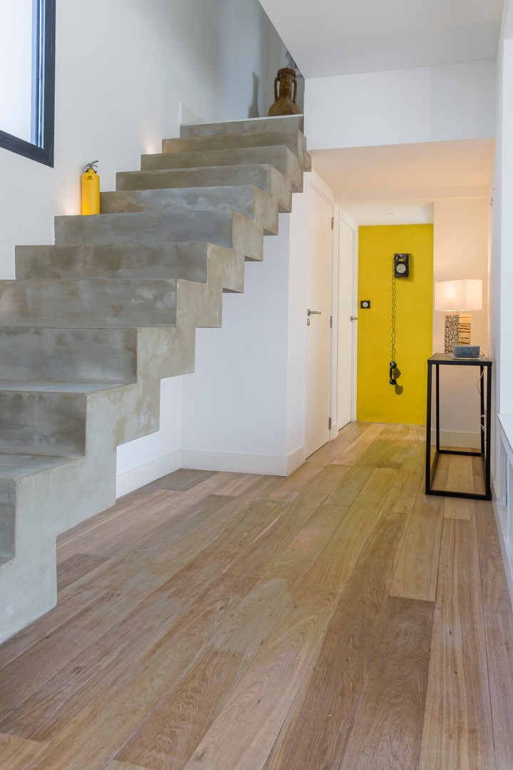 Polished Concrete Stairs Design