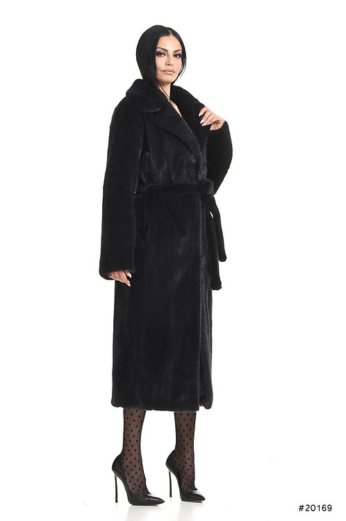 Long mink coat with english collar and belt