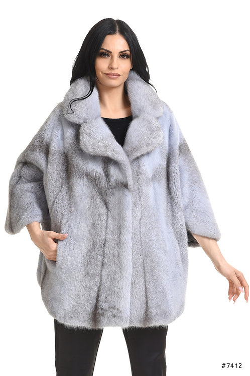 Oversize mink jacket with 3/4 sleeves