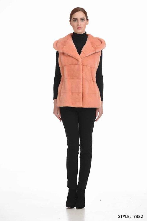 Short hooded mink vest