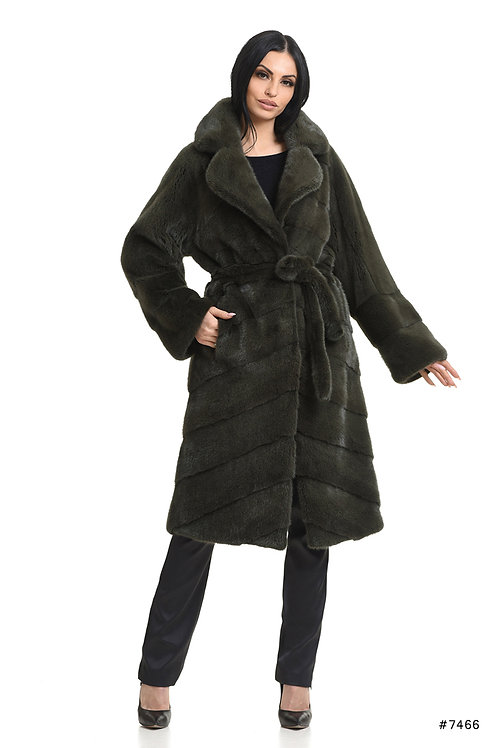 Long mink coat with english collar