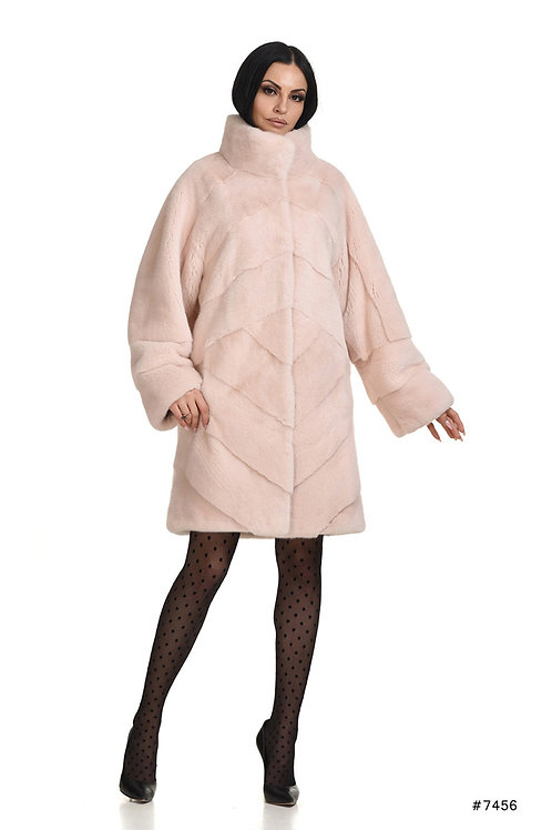 Classy mink coat with stand up collar