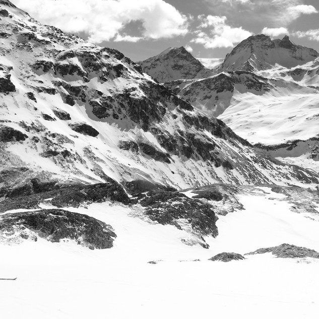 The complete traverse of the Alps on skis, from Vienne to Menton