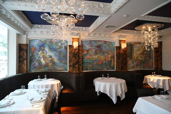 Caviar Russe dining room