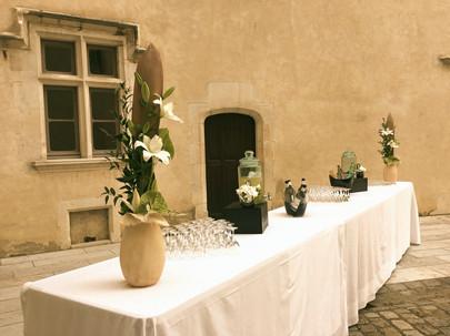 Apéritif cour du Château de Pau