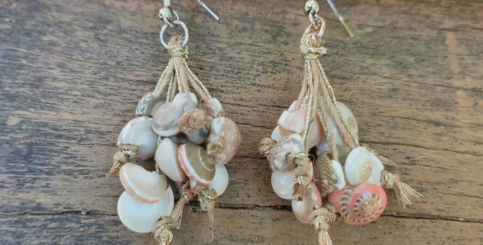 Jute shell earring