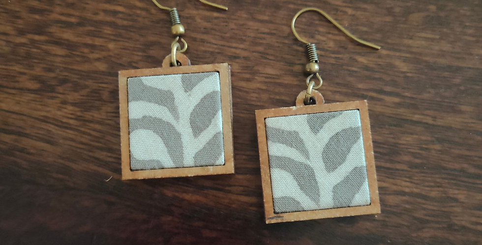Combination of white and grey mdf earring